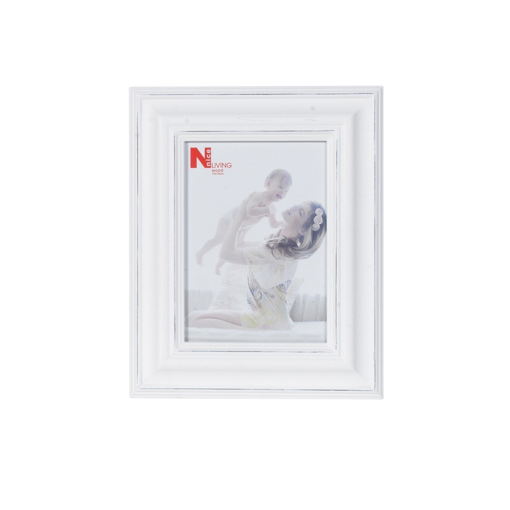 Scottie & Russell | Large White Photo frame | £14.99 | Scottie & Russell