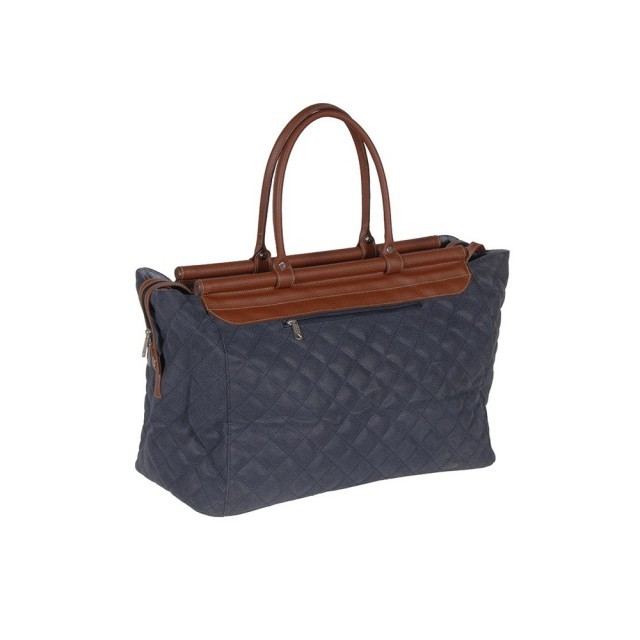 Navy quilted bag